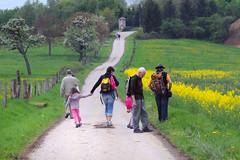 Marche des Seigneurs  1er mai 2010 (1) (Sierck-les-Bains) Tags: france lorraine marche moselle seigneurs siercklesbains sierck