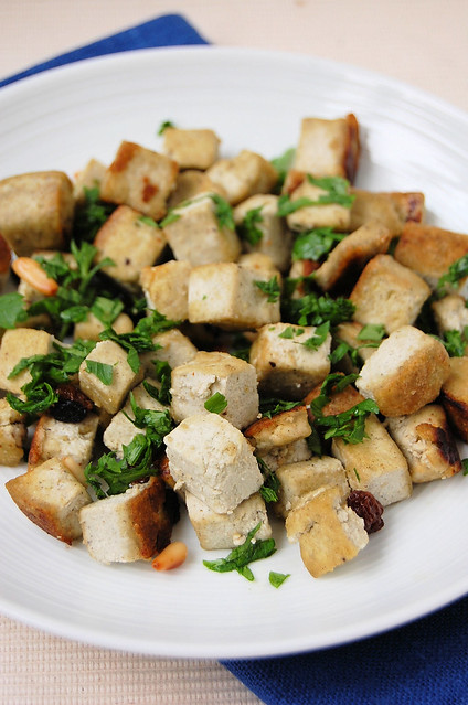 hemp tofu with raisins and pinenuts - tofu di canapa con uvetta e pinoli