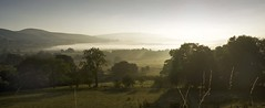 Mist (l4ts) Tags: mist landscape derbyshire peakdistrict farmland winhill darkpeak castleton hopevalley losehill britnatparks