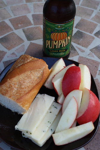 french baguette, chive cheese, pink lady apple, pumpkin beer