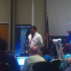 @neiltyson sends a tweet at #GRAIL #NASATweetup