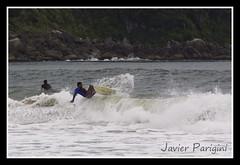 Oops ! (..Javier Parigini) Tags: brazil people beach brasil surf waves playa javier olas gentes 70300 parigini nikond90 4islas fourislands 4ilha