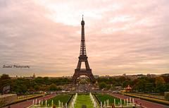 Eiffel tower, Paris (Senthil Kumar S) Tags: niceshot bestcapturesaoi mygearandme mygearandmepremium mygearandmebronze mygearandmesilver mygearandmegold artistoftheyearlevel3 artistoftheyearlevel4