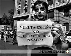 (Soniko   Kaleko Begiak) Tags: españa la country bilbao ciclismo ciclista basco popolo bizkaia basque vasco euskadi vizcaya bilbo vuelta pais baskenland euskal herria paesi euskalerria euzkadi baschi esait