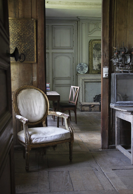 Le Château, Peter Gabriëlse's home - 326