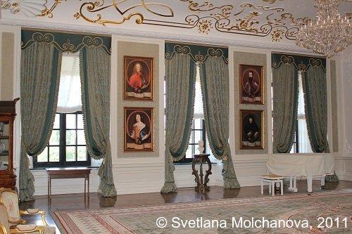 Mir.Castle's.interiors.7