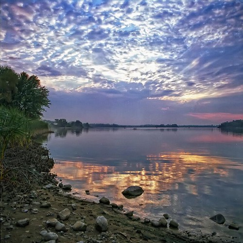 Guelph Lake Sunrise by Alan Norsworthy