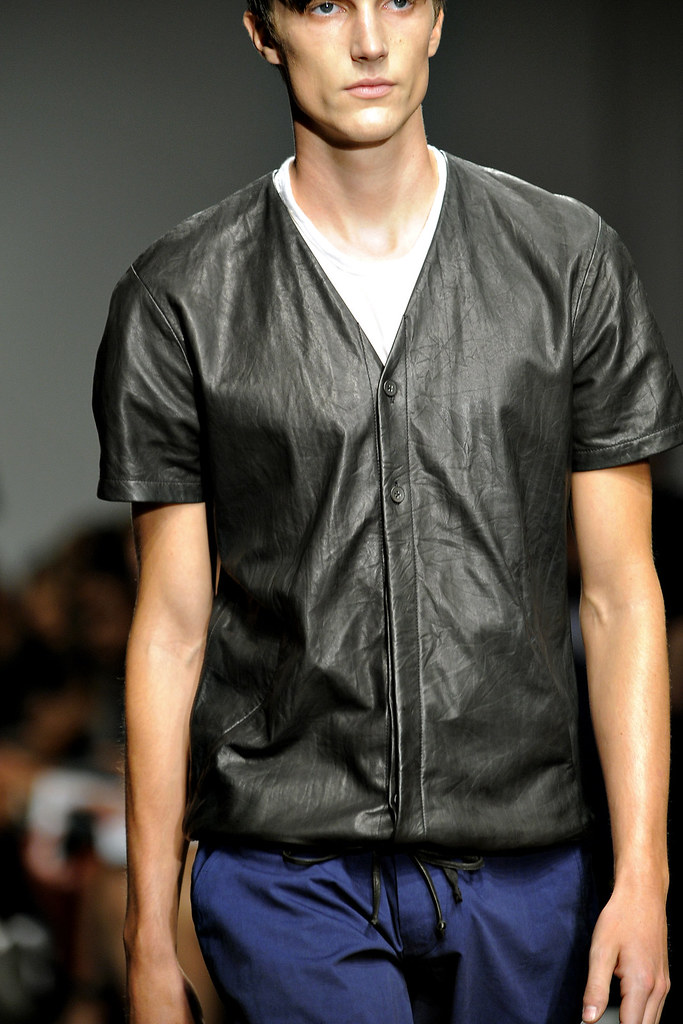 SS12 New York Yigal Azrouel035_Charlie Timms(VOGUE)
