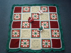 ATheeC very kindly made these Squares for SIBOL! Aren't they lovely?