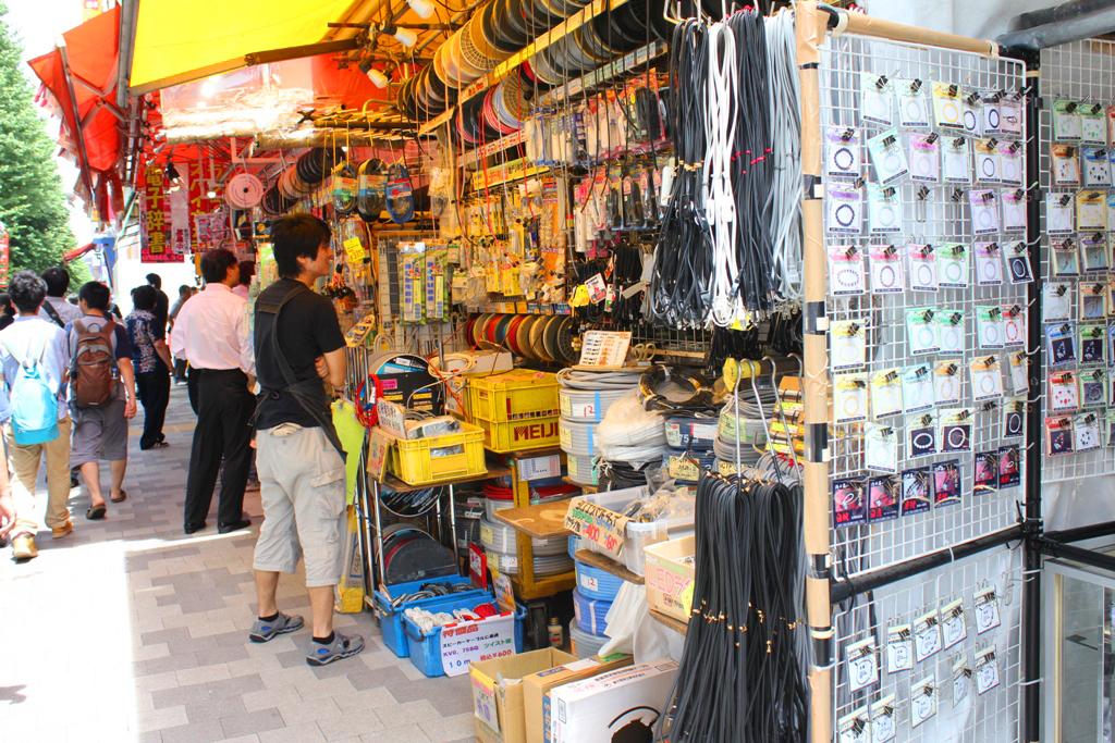A walking guide of Akihabara (6)
