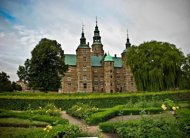Замок Росенборг и Королевский сад