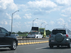 MassHighway/MassDOT Zipper Lane truck (MassHighway Man) Tags: massachusetts pickuptruck roadwork highwaydepartment statehighway hovlane highwaymedian masshighway massdot zipperlane