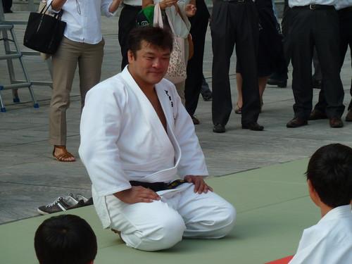 子ども霞ヶ関見学デー 文部科学省 VIVA JUDO! 指導前の吉田秀彦選手