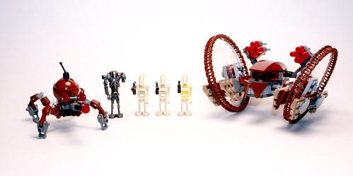 7670 Hailfire Droid & Spider Droid - 1