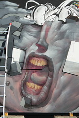 Billede 050 (Paradiso's) Tags: art wall copenhagen graffiti market kunst flea paradiso københavn muur kunstwerk vlooienmarkt plads rommelmarkt valby loppemarked væg artinthemaking kunstevent damentalvaporz toftegårds kulturhusvalby