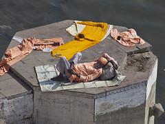 Dry  clothes (Dick Verton) Tags: travel india asia sleep plateau clothes varanasi sadhu ganges
