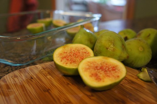 Cutting the figs