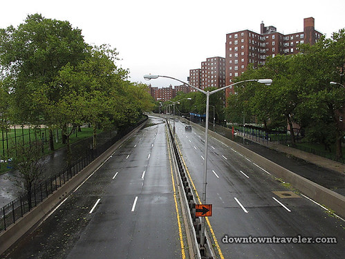 Aftermath of Hurricane Irene in NYC_No cars on FDR 2