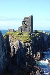 Dún an Óir (pchgorman) Tags: ireland castles buildings landscapes ruins august countycork capeclearisland dúnanóir