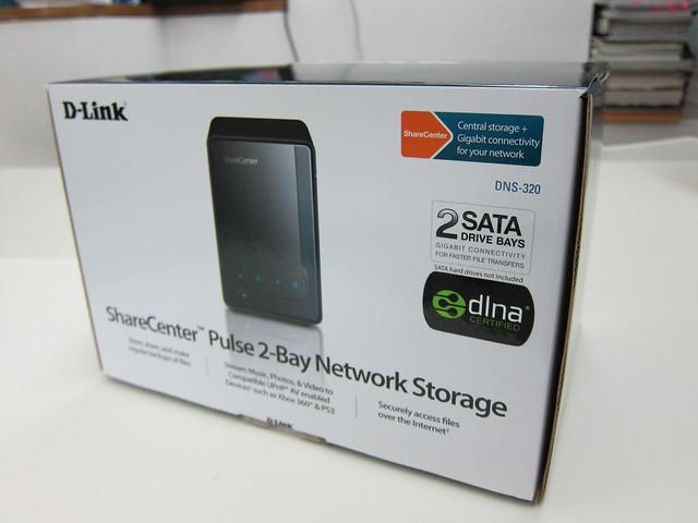 D-Link DNS-320 Box