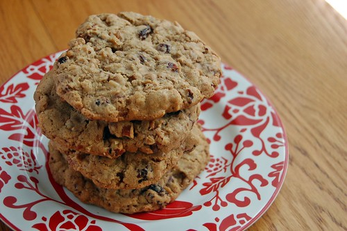 Cherry Pecan Oatmeal Chocolate Chip Cookies – The Apron ...