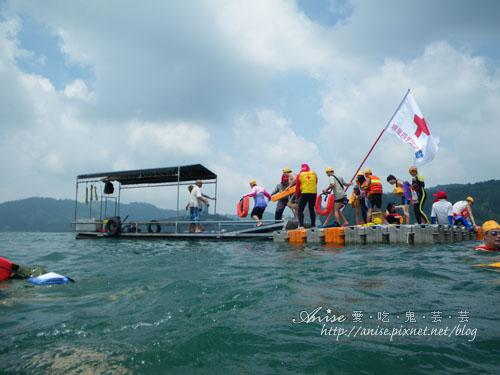 2011泳渡日月潭035.jpg
