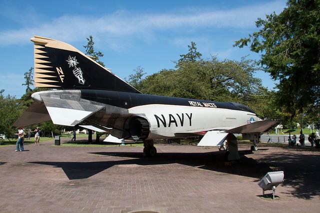 U.S.NAVY F-4