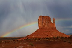 Monument Valley Rainbow (EshwarChandra) Tags: red usa nature rain utah ngc navajo monumentvalley usasouthwest monutmentvalleyrainbow