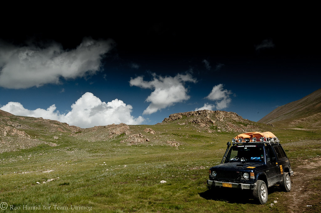 Team Unimog Punga 2011: Solitude at Altitude - 6033111628 886ebb6d77 b
