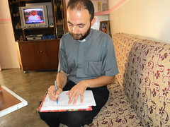 "Der armenische Pfarrer in Kirkuk • <a style=""font-size:0.8em;"" href=""http://www.flickr.com/photos/65713616@N03/6034571739/"" target=""_blank"">View on Flickr</a>"