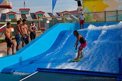 Surf Rider (ezeiza) Tags: park water america bay amusement illinois surf great surfing flags il theme amusementpark sixflags six greatamerica rider themepark sixflagsgreatamerica riptide waterpark surfrider gurnee hurricaneharbor hurricaneharborwaterpark riptidebay