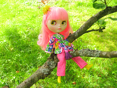 Lollipop (Helena / Funny Bunny) Tags: nature doll blythe custom lollipop rbl reroot funnybunny phoebemaybe
