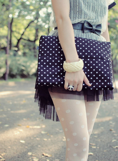 fly away, dear polka dots