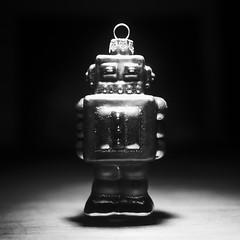 robot1 (s k o o v L A B) Tags: light bw robot speedlite strobist skoov
