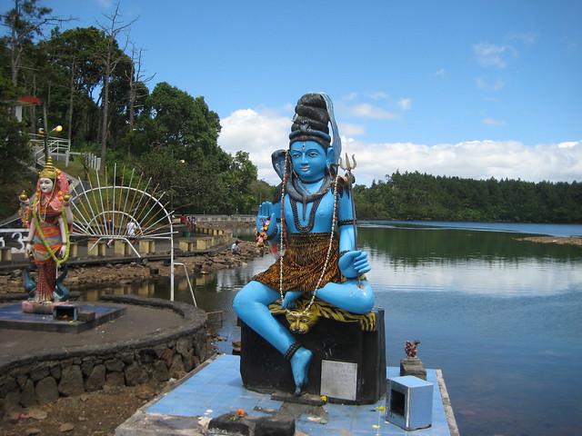 Индуисткий храм. Бог Шива