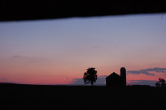 2011-08-20 127 (fozbaca) Tags: kentucky sunset night barn lexington ky lexingtonky