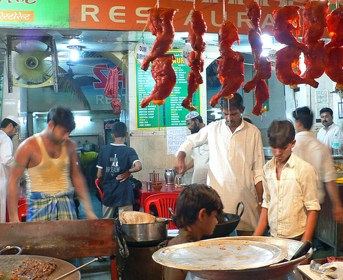 Mohamed Ali Road Iftar food stall