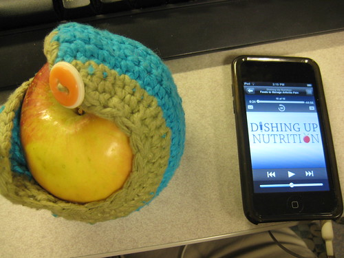 apple and podcast