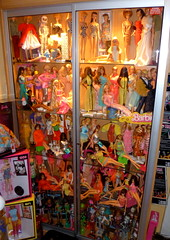 Barbie  Dolls  era Mod  Twist n Turn  & era Superstar (super.star.76) Tags: face fashion monster turn vintage toys high mod doll dolls stacey julia head cream n barbie twist best coco pj era buy christie peaches ponytail mold tnt superstar mattel rockers steffie platinium titian