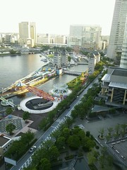 パンパシフィック横浜ベイホテル東急のテラスから見た遊園地の写真