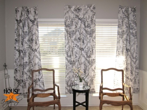 testing_black_white_curtains_piano_room_12