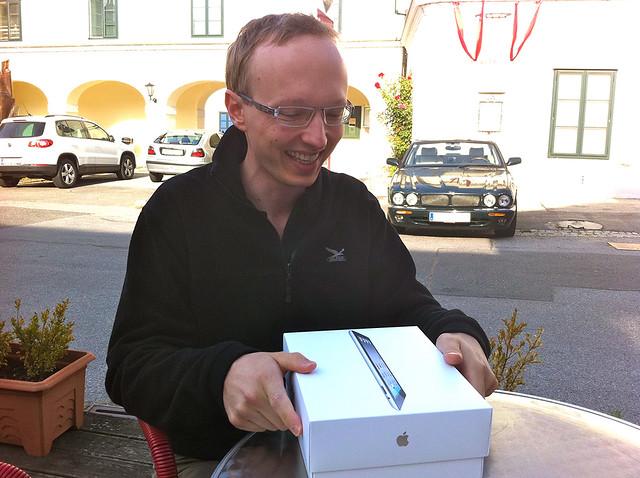 iPad 2 Übergabe