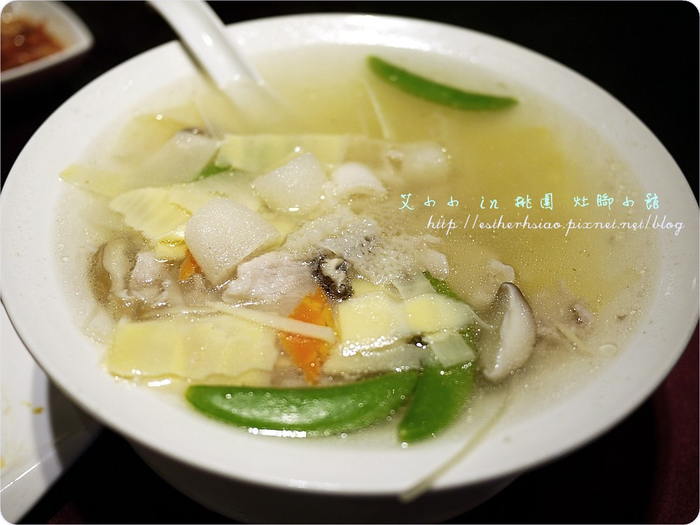 28 竹笙肉片湯