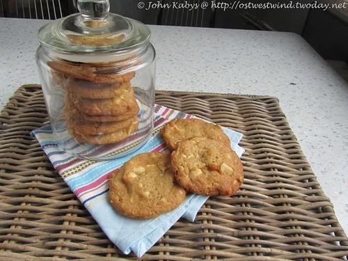 Macadamia-Cookies mit weißer Schokolade 002