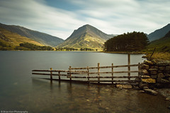 Buttermere & Fleetwith Pike (.Brian Kerr Photography.) Tags: light lake colour tree canon fence landscape shadows lakedistrict clarity lee cumbria filters buttermere fleetwithpike polariser cumbrian heliopan eos5dmkii briankerrphotography leebigstopper