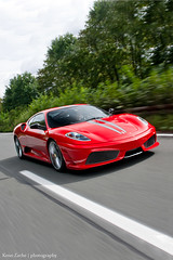 Scuderia in motion (Keno Zache) Tags: auto italien red motion rot speed canon eos power autobahn automotive ferrari scuderia f430 430 sportcar keno capristo photograpyh 400d zache cartocar