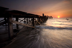 Love Jetty (Randi Ang) Tags: sunset seascape beach canon indonesia landscape eos asia south east filter 5d ang bunga sulawesi hitech randi tanjung makassar selatan akkarena