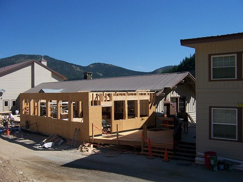 Lookout Pass lodge addition