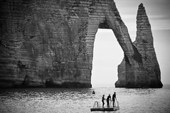France #20: La Grandeur (PetterPhoto) Tags: trip travel summer bw cliff france boys monochrome swim french fun nikon play report images cliffs normandie nikkor 18200 tretat d300s petterphoto