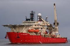 CSO Wellservicer (calzer) Tags: canon ship offshore aberdeen anchor oil helix eos350d cso helideck wellservicer